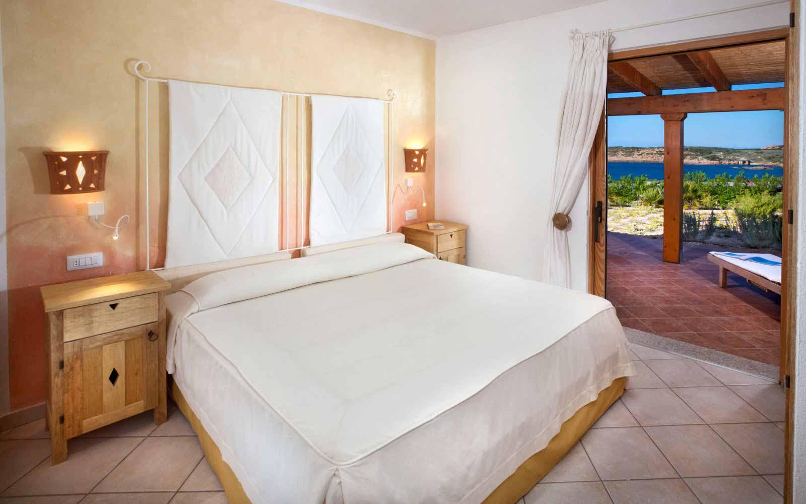 Torre Olivastri's double bedroom at Torreruja Villas