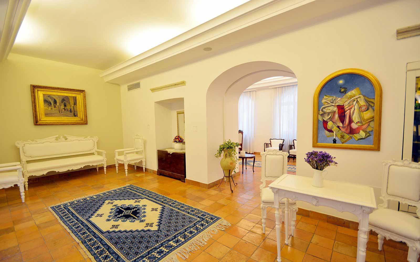 Hall at Hotel Villa Romana