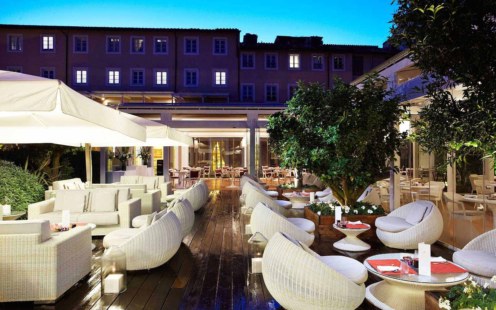 Liquid Garden restaurant at Gran Melia' Rome