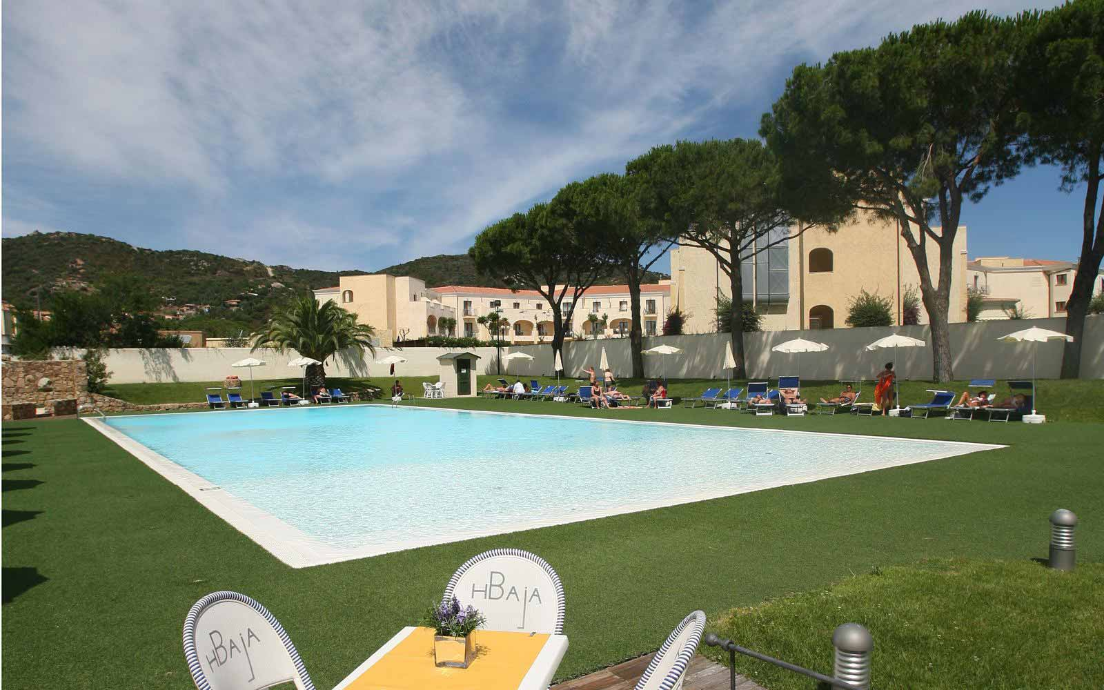 Around the pool at Hotel Baja