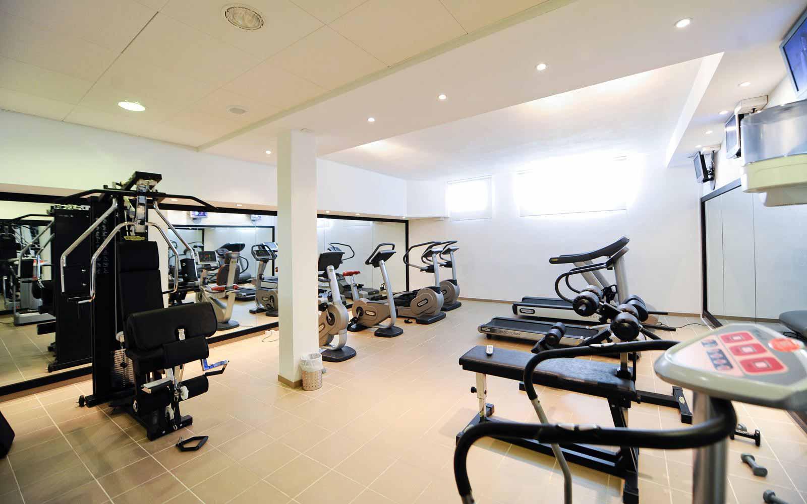 Fitness room at Hotel Baja