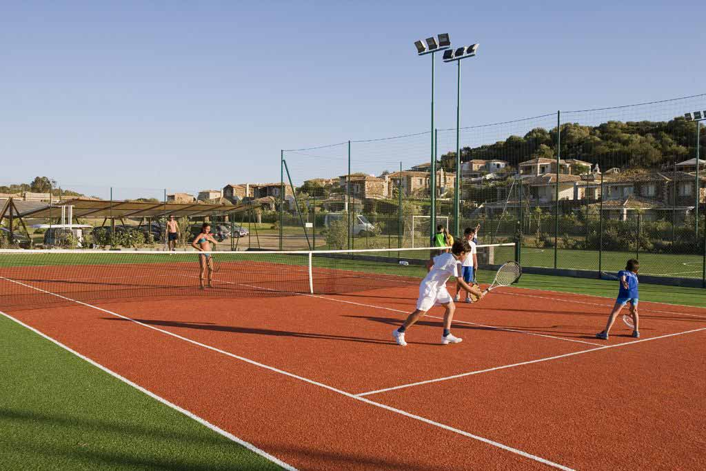 Tennis at Hotel Villas Resort