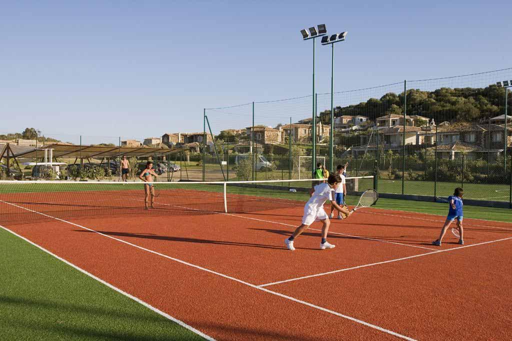 Tennis at Hotel Villas Resort