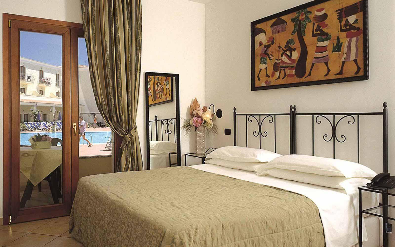 Standard room at Blu Hotel Morisco