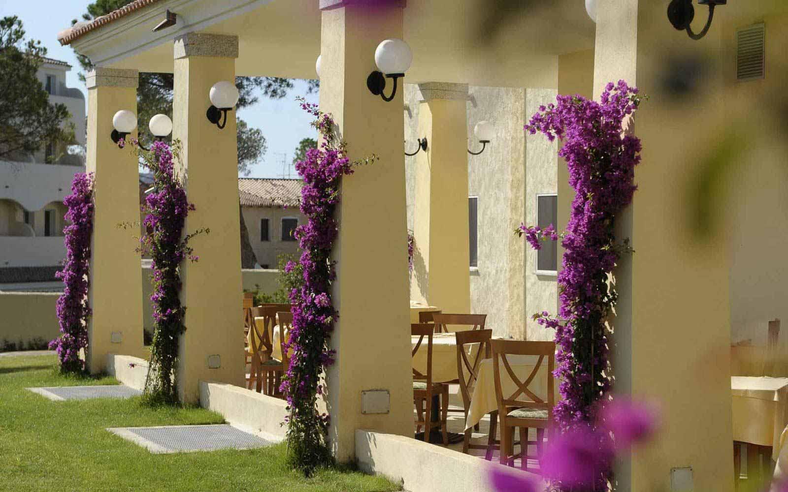 Veranda at Blu Hotel Morisco