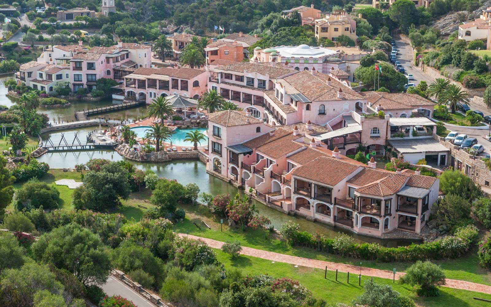 Aerial view of Hotel Le Palme