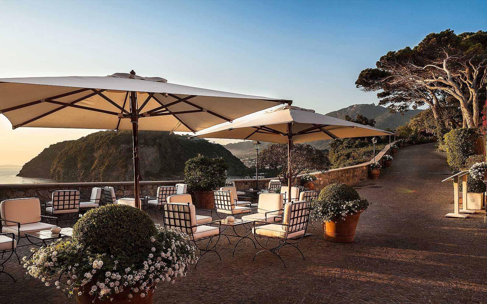 Bar La Terrazza at Mezzatorre Resort & Spa