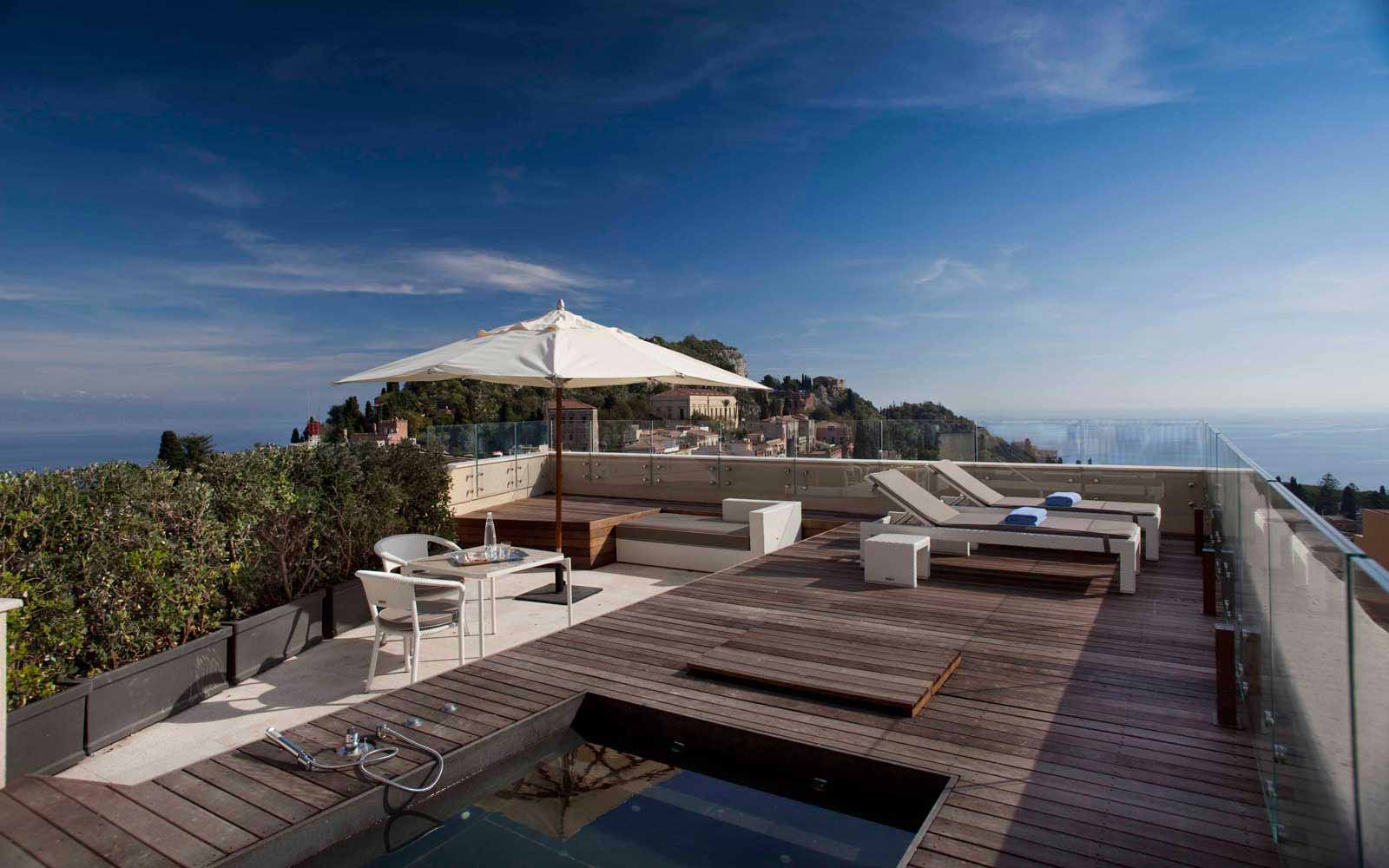 Suite private terrace at NH Collection Taormina