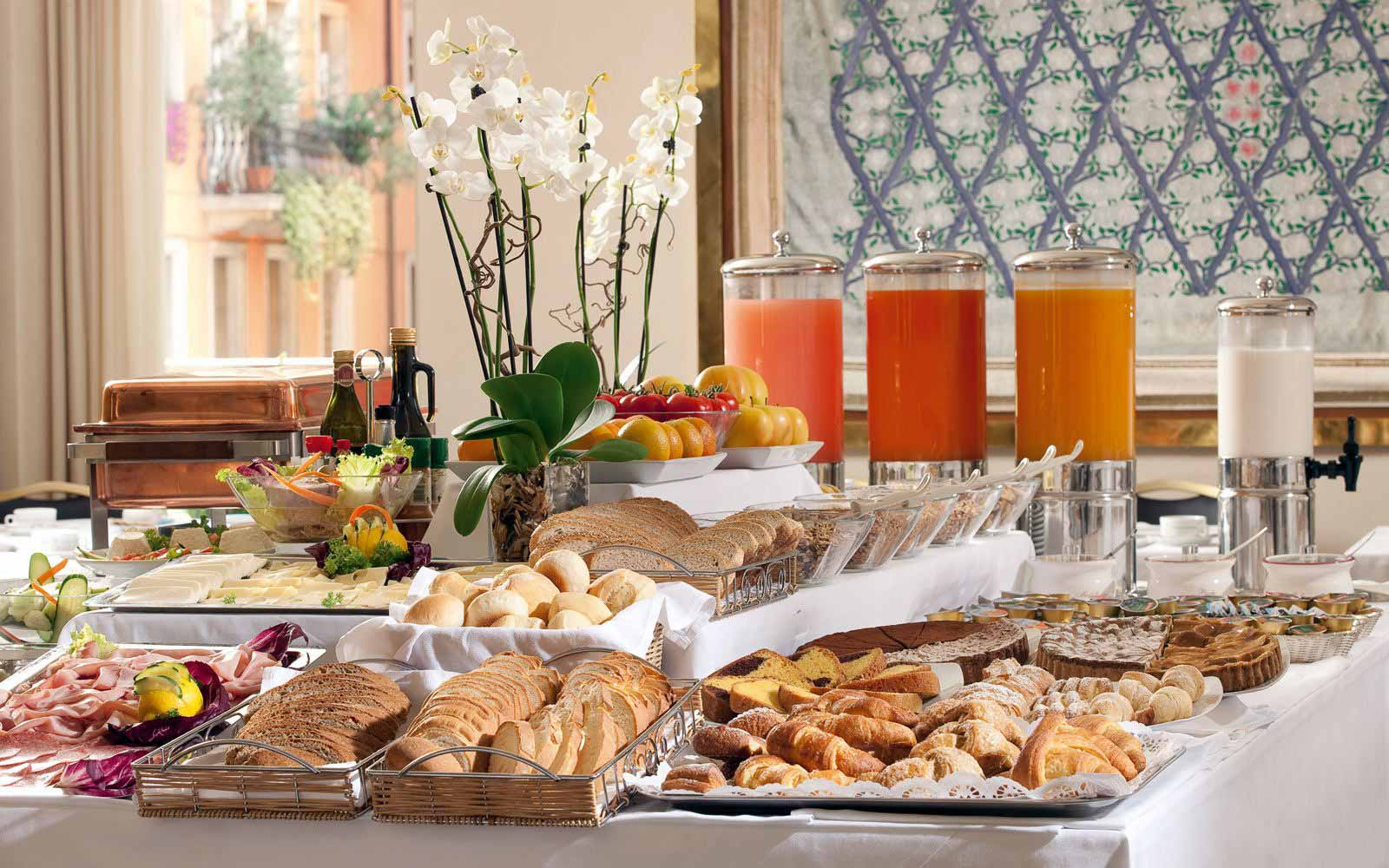 Breakfast buffet at Hotel Accademia