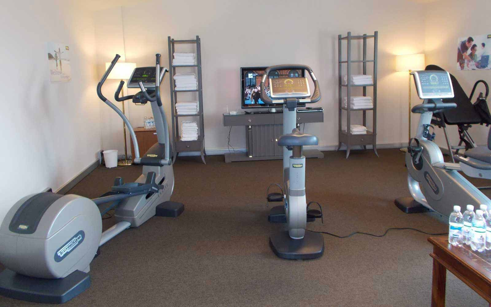 Fitness room at Hotel Accademia
