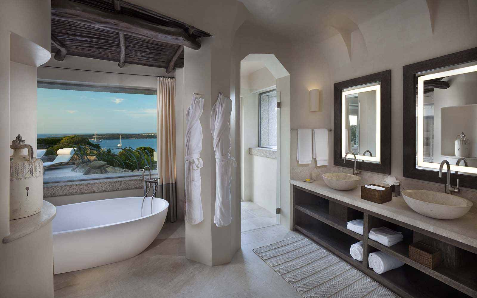 The bathroom of Unique Suite Baki at the Hotel Pitrizza