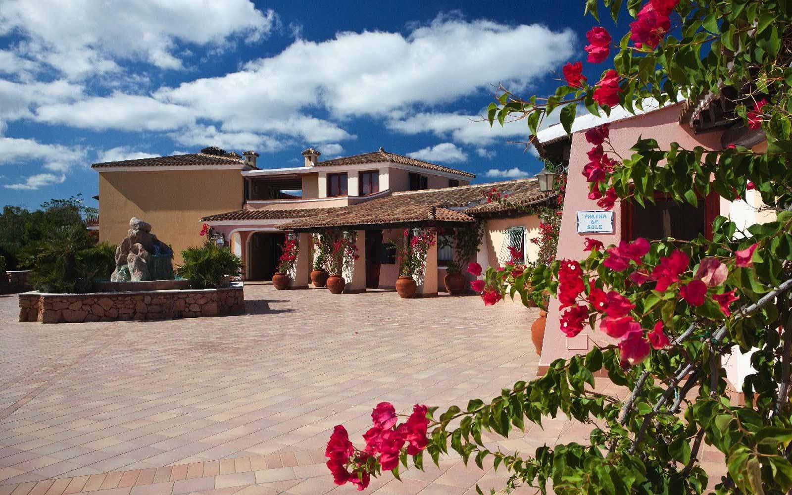 Arrival at I Giardini di Cala Ginepro Hotel Resort