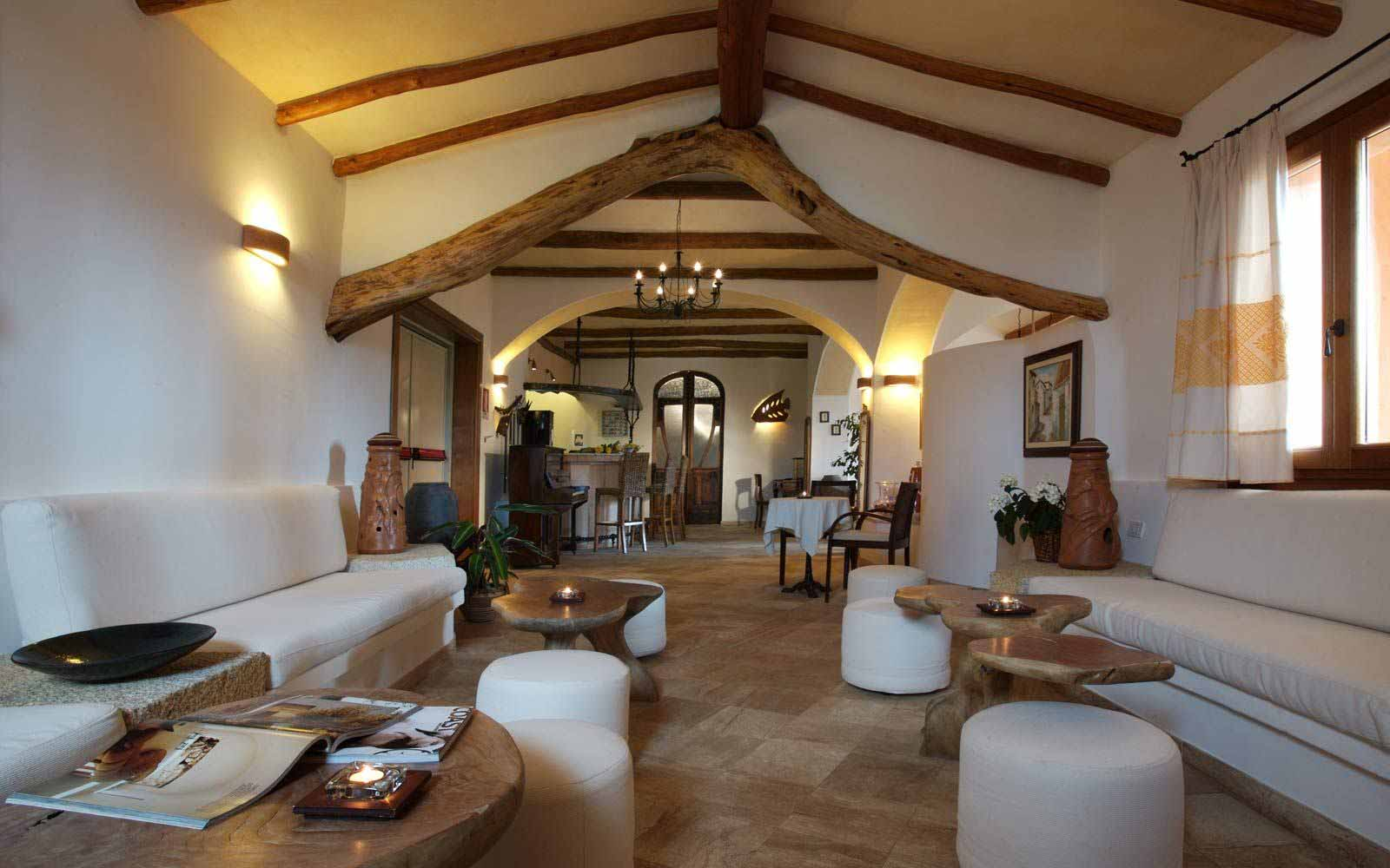 Communal area at Hotel Arathena