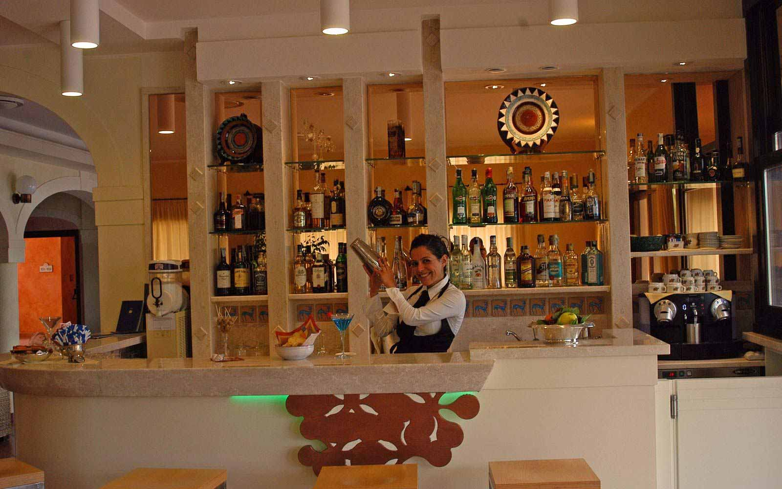 Bar at Lantana Resort
