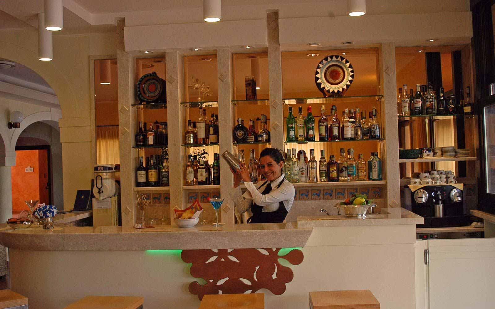 Bar at Lantana Resort