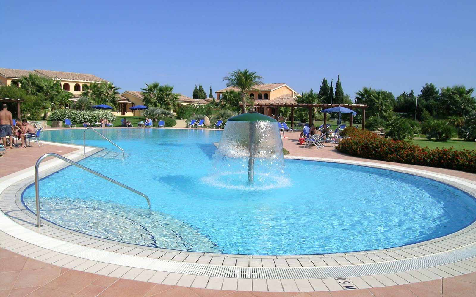 Swimming pool at Lantana Resort