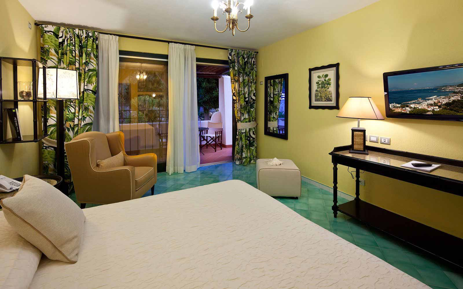 Superior room at Garden & Villas Resort