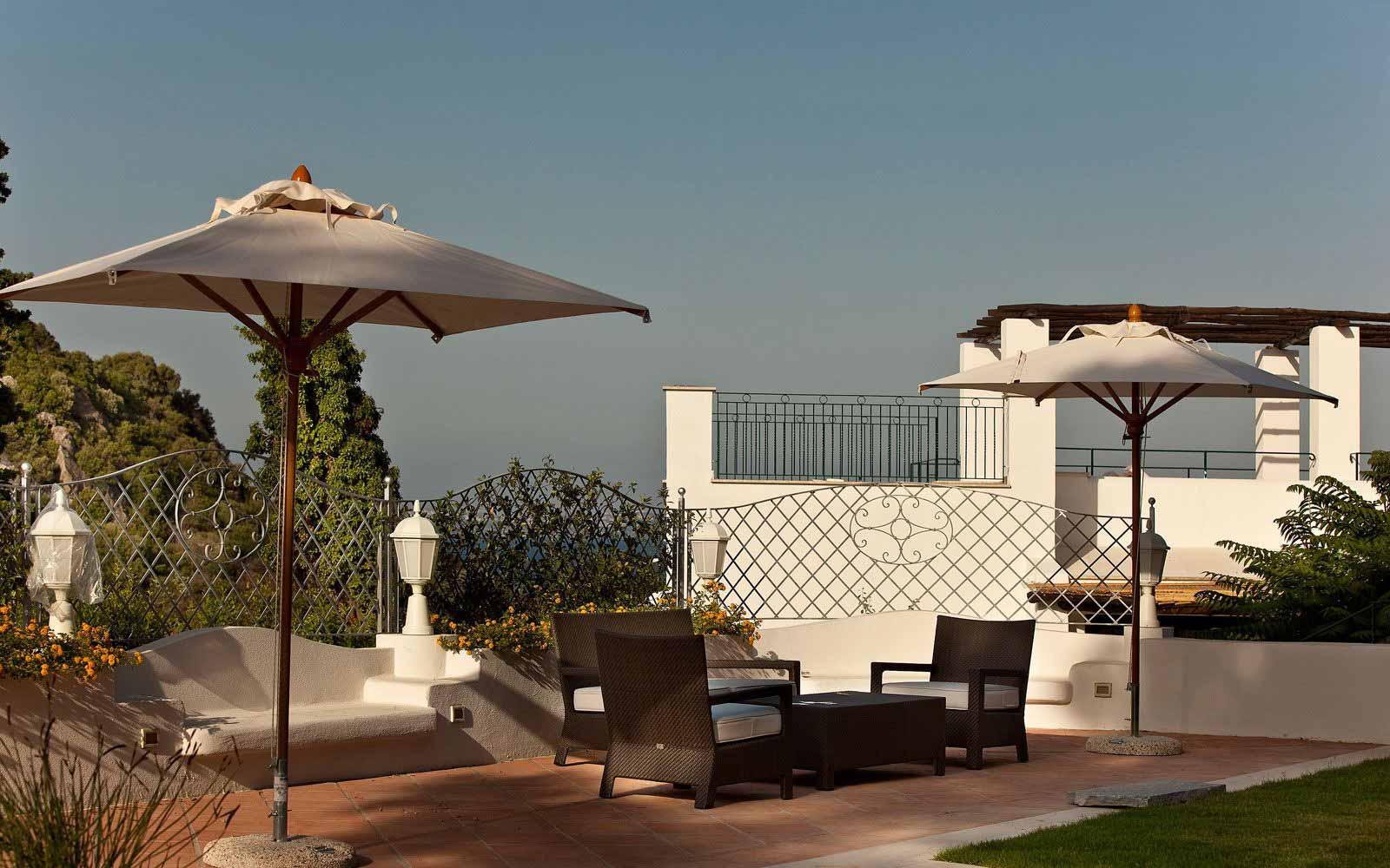 Sitting area at Garden & Villas Resort