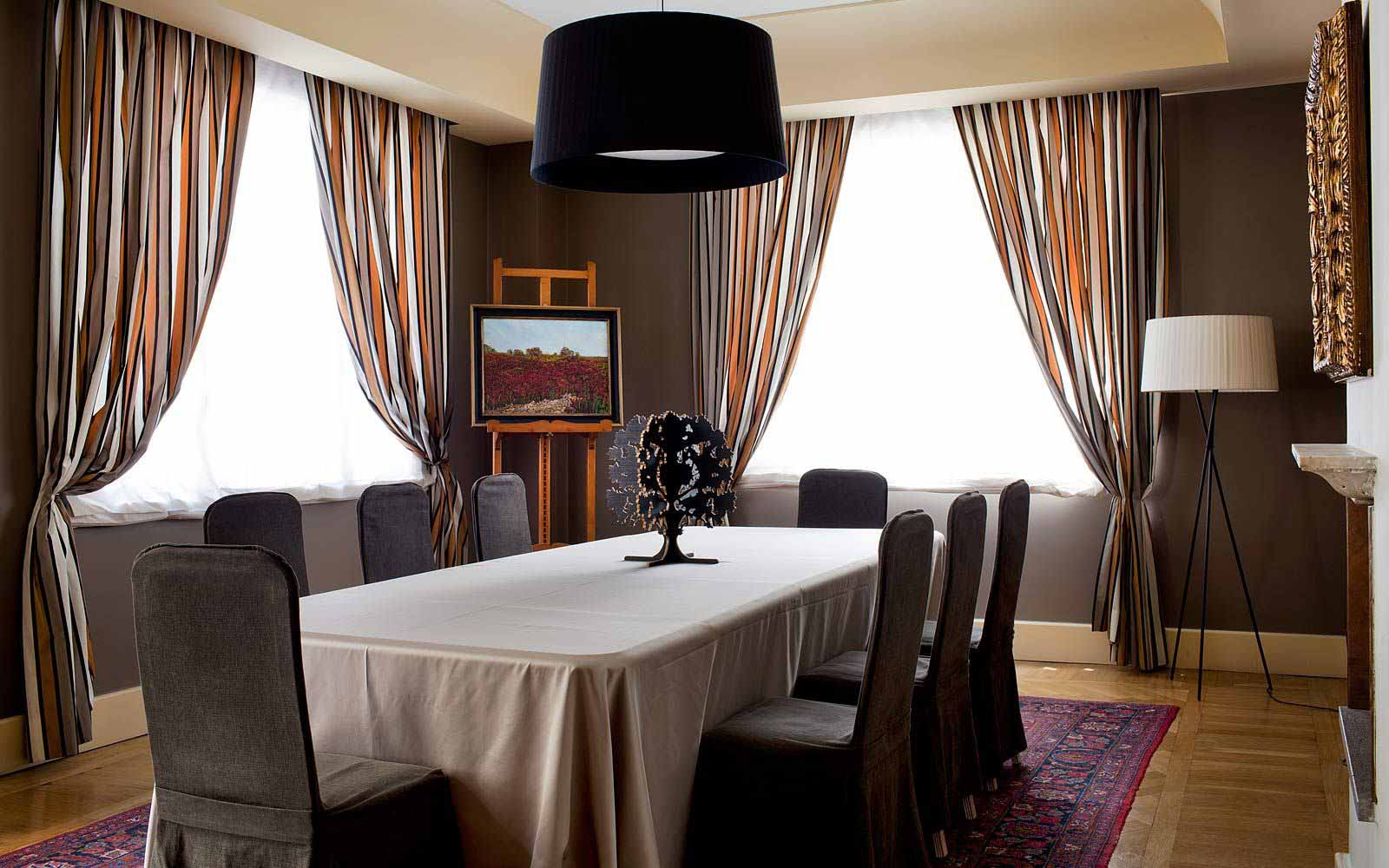 Dining room at Hotel Principe Di Villafranca