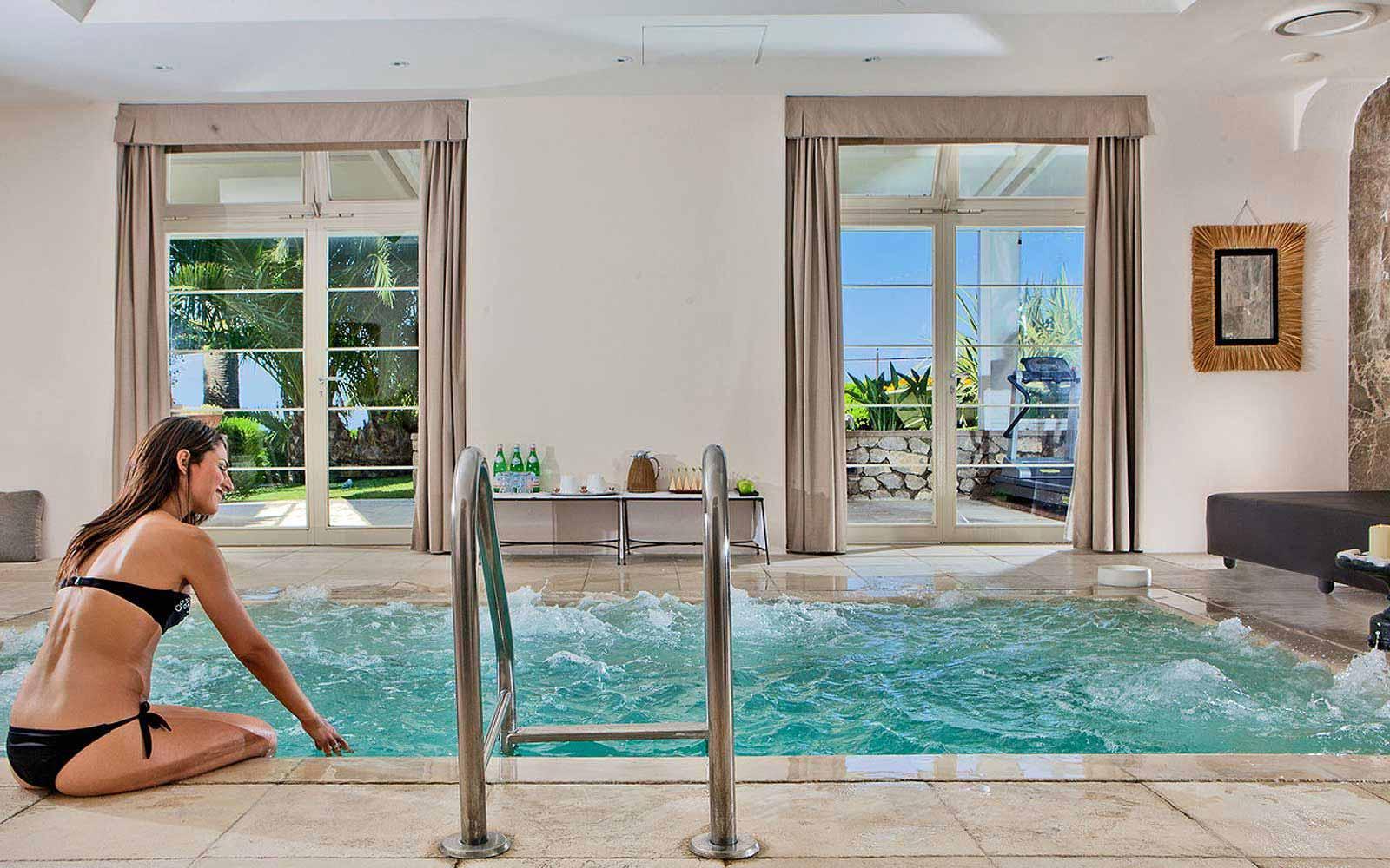 Spa pool at Villa Marini Capri Hotel & Spa