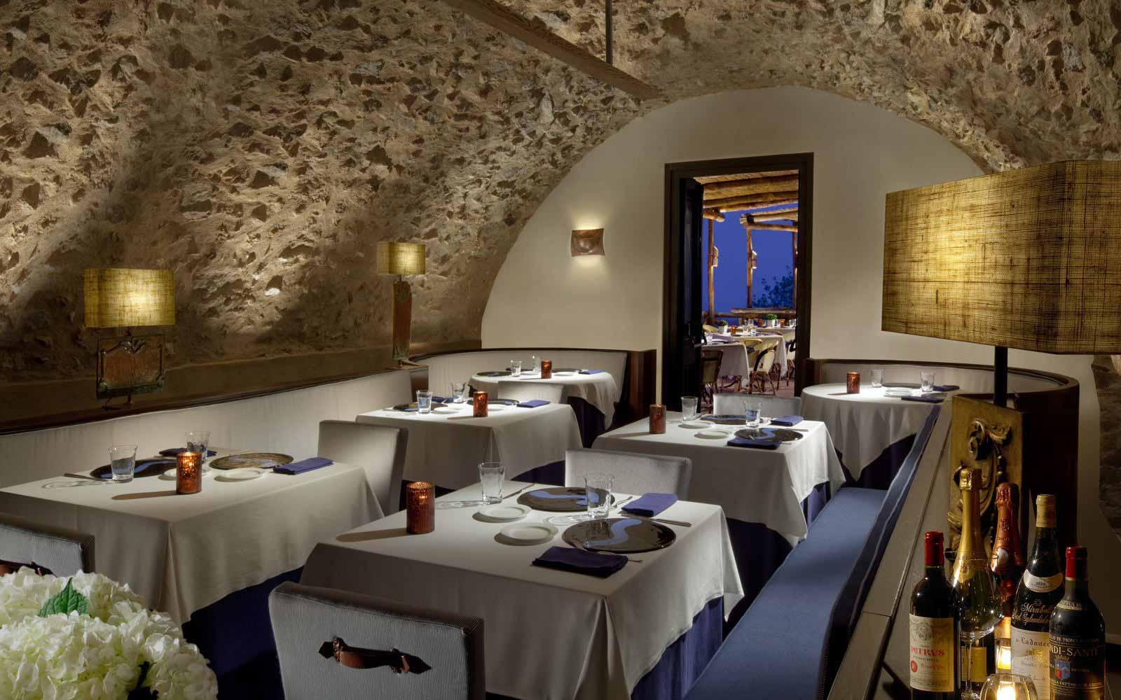 Restaurant at Monastero Santa Rosa