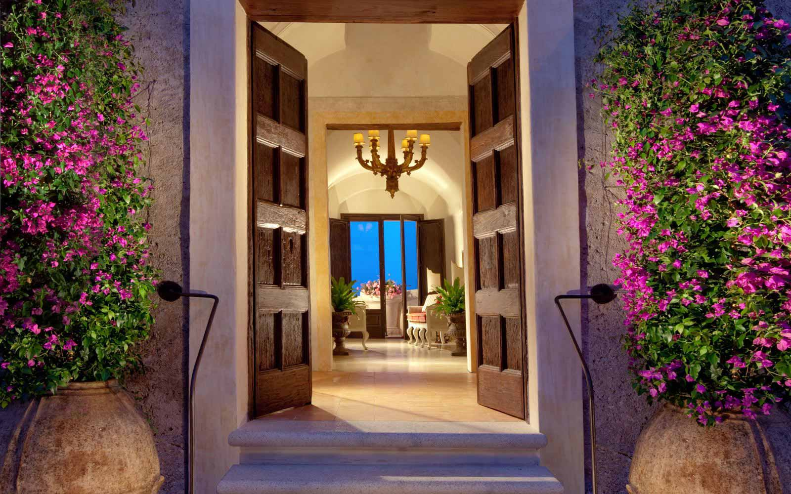Main entrance at Monastero Santa Rosa