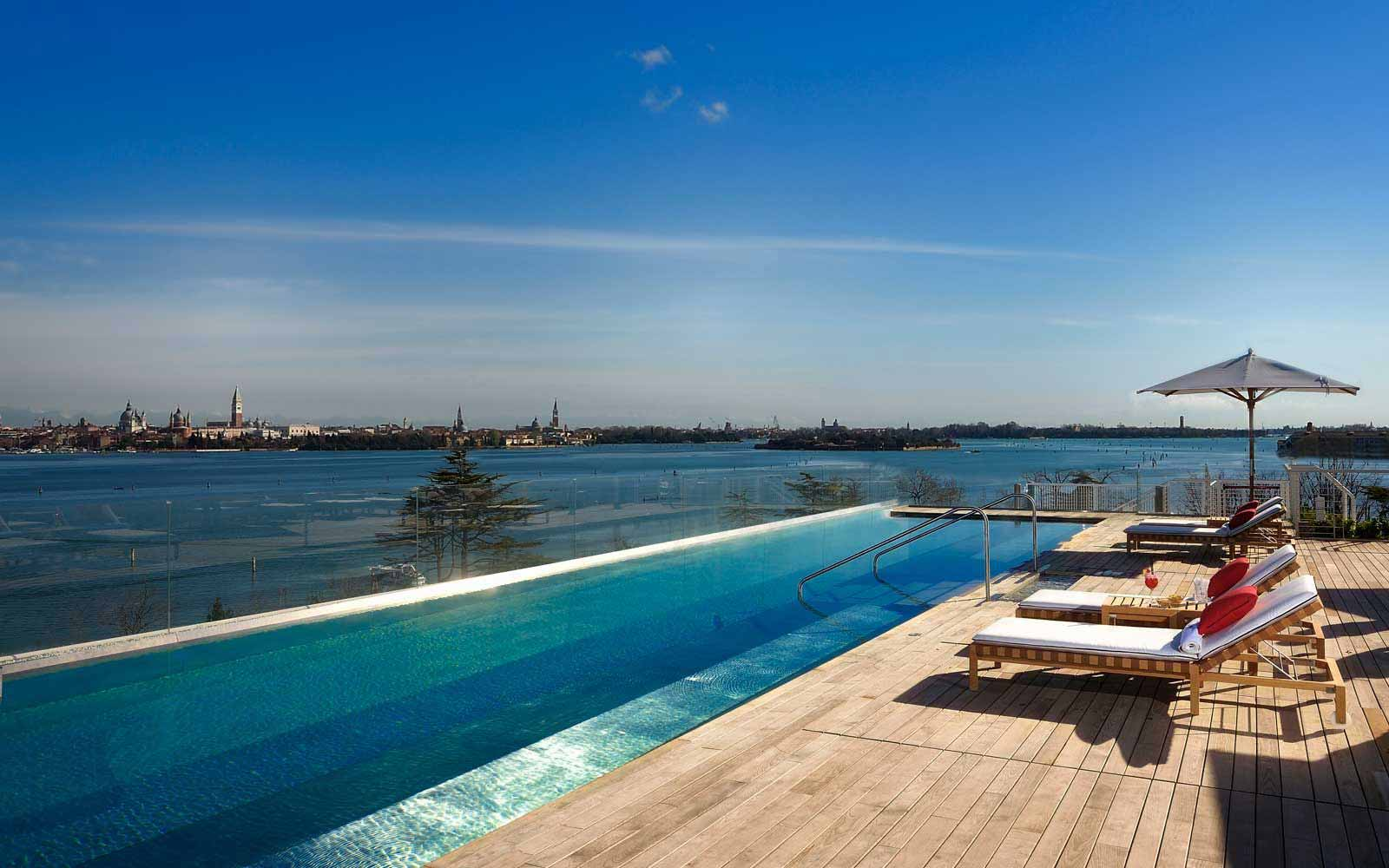 Rooftop pool at JW Marriott Venice Resort & Spa