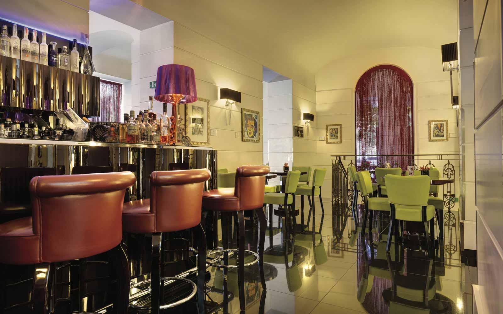 Time Bar and restaurant at the Grand Hotel Via Veneto