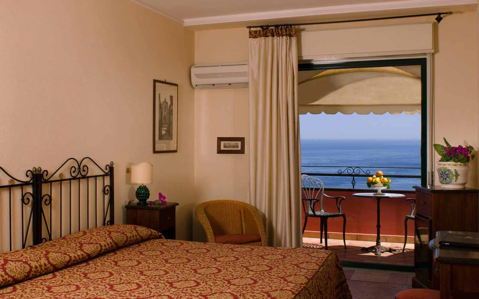 Classic room at Hotel Baia Taormina
