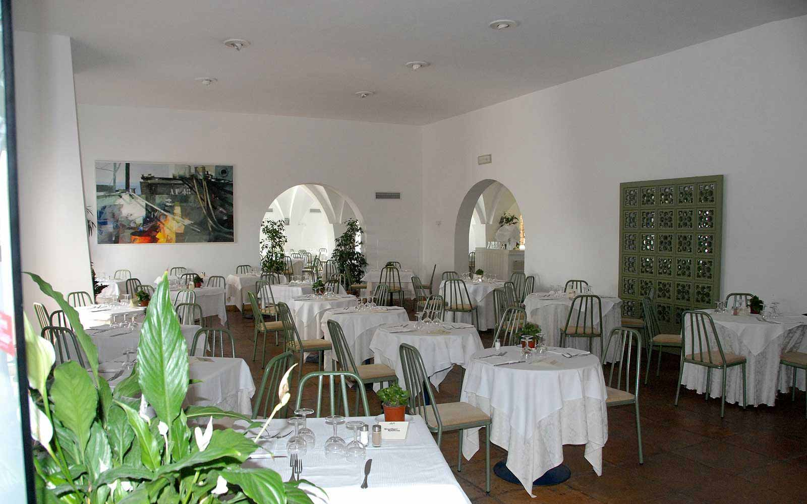 Restaurant at the Ostuni Rosa Marina Resort