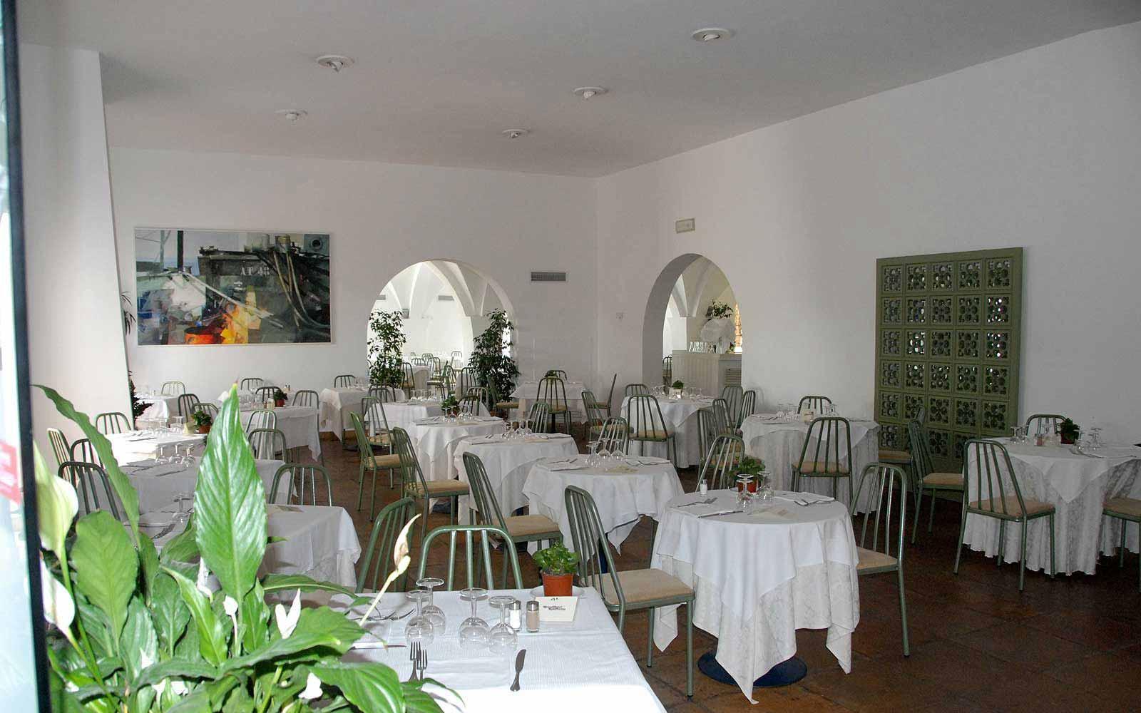 Restaurant at the Ostuni Rosa Marina Resort