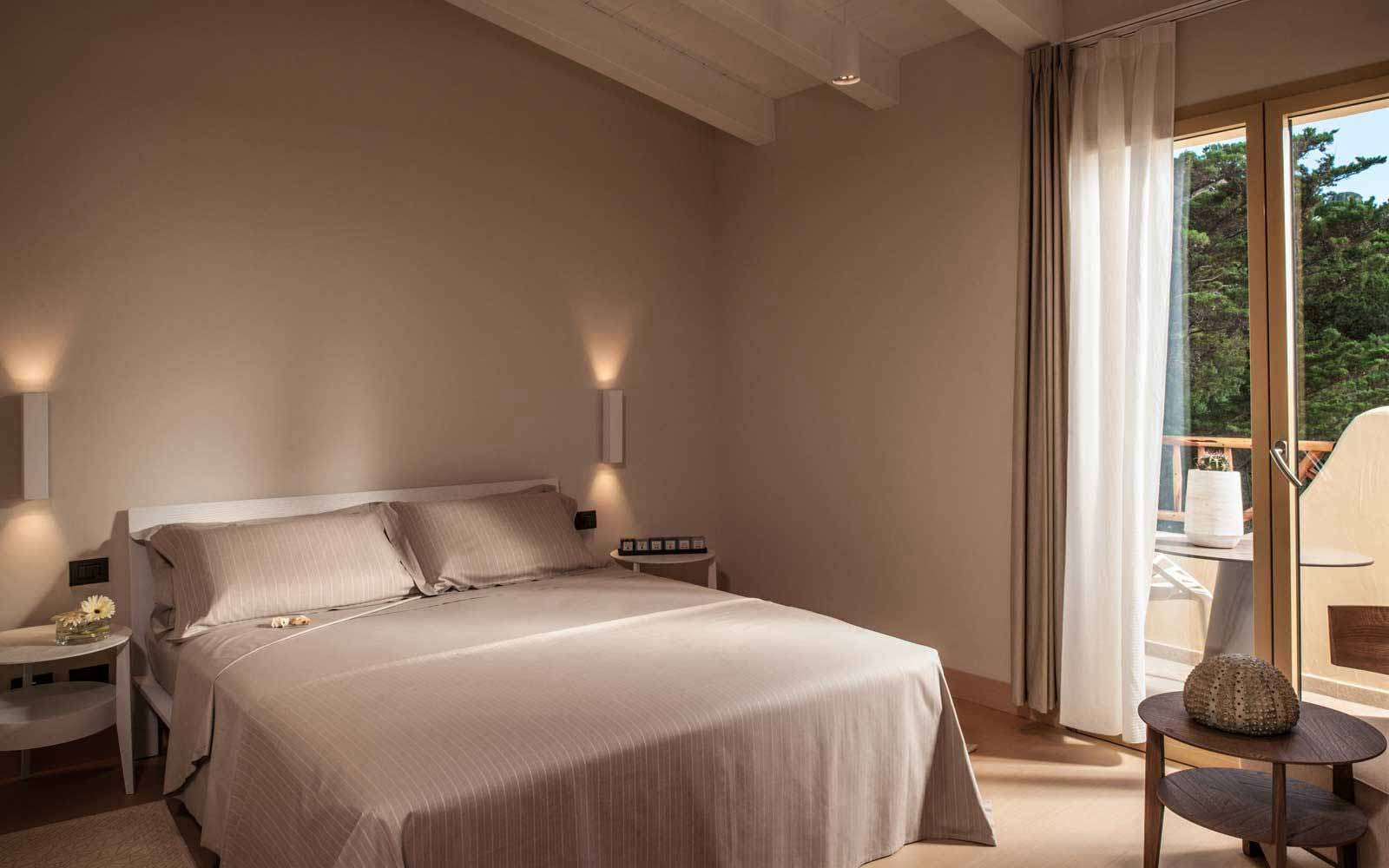 Classic graden view room at Hotel CalaCuncheddi