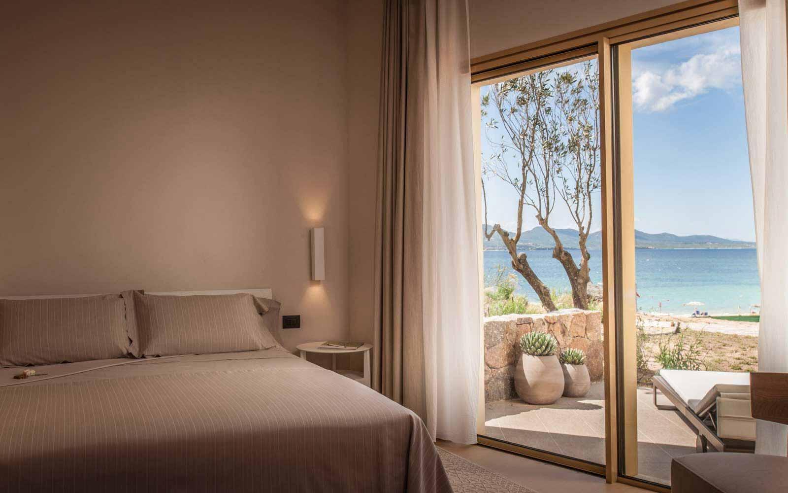 Junior suite at Hotel CalaCuncheddi