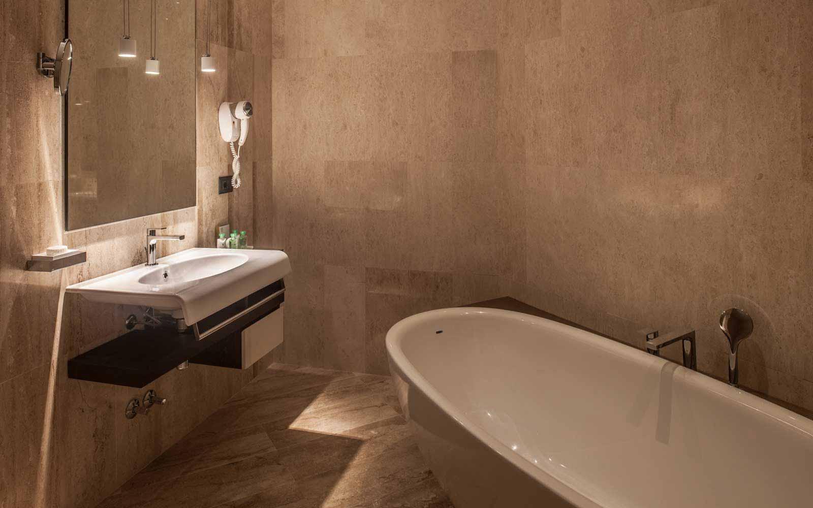 Bathroom at Hotel CalaCuncheddi