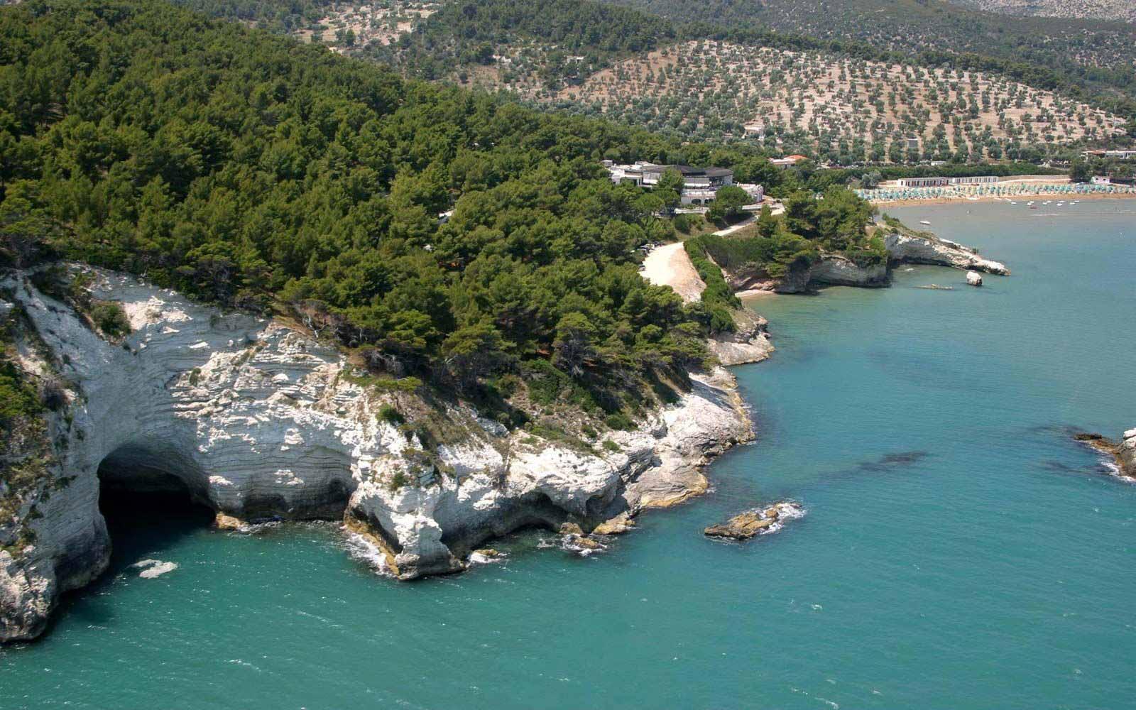 nearby views of Gattarella Resort