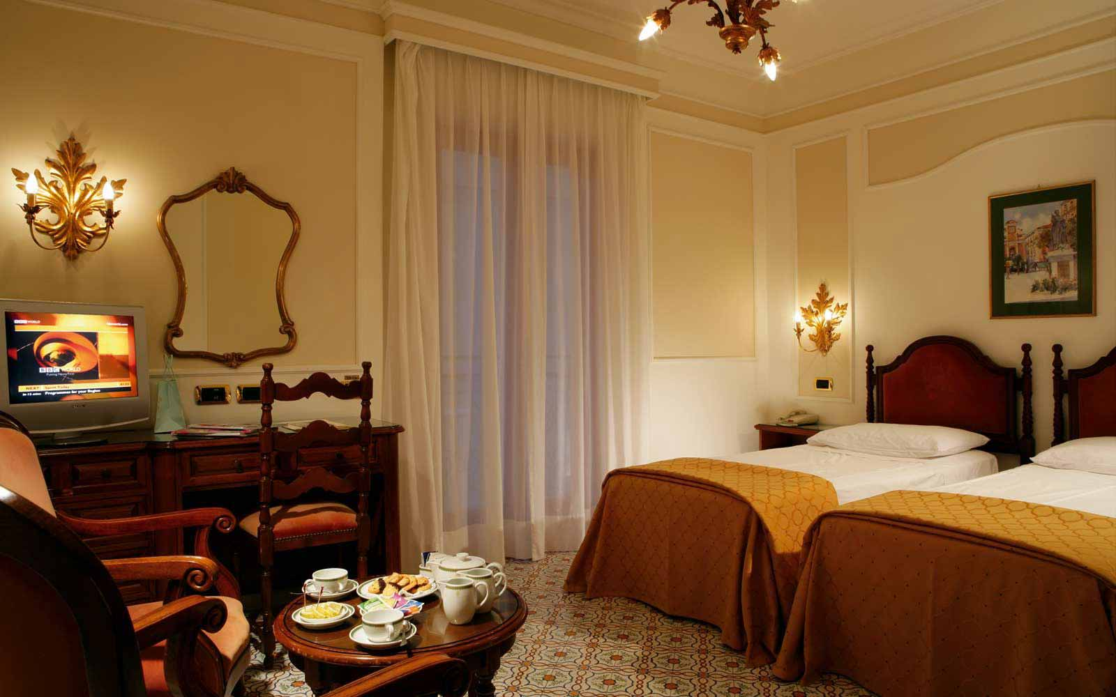Double Room with a Balcony at Grand Hotel de la Ville