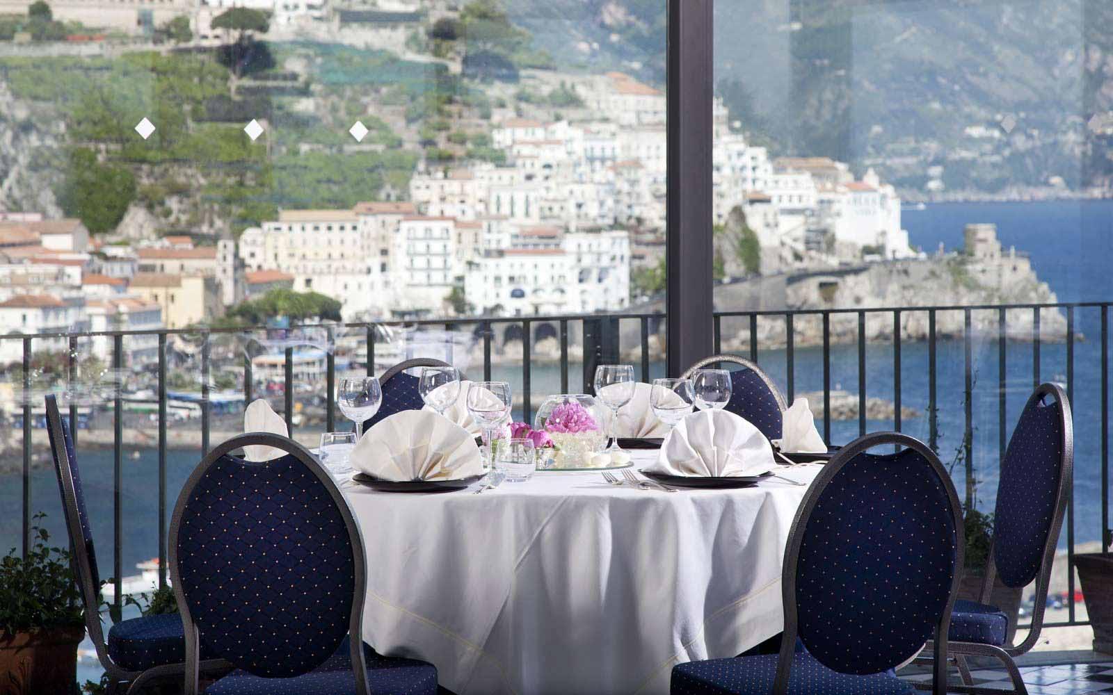 Il Miramalfi restaurant at Hotel Miramalfi