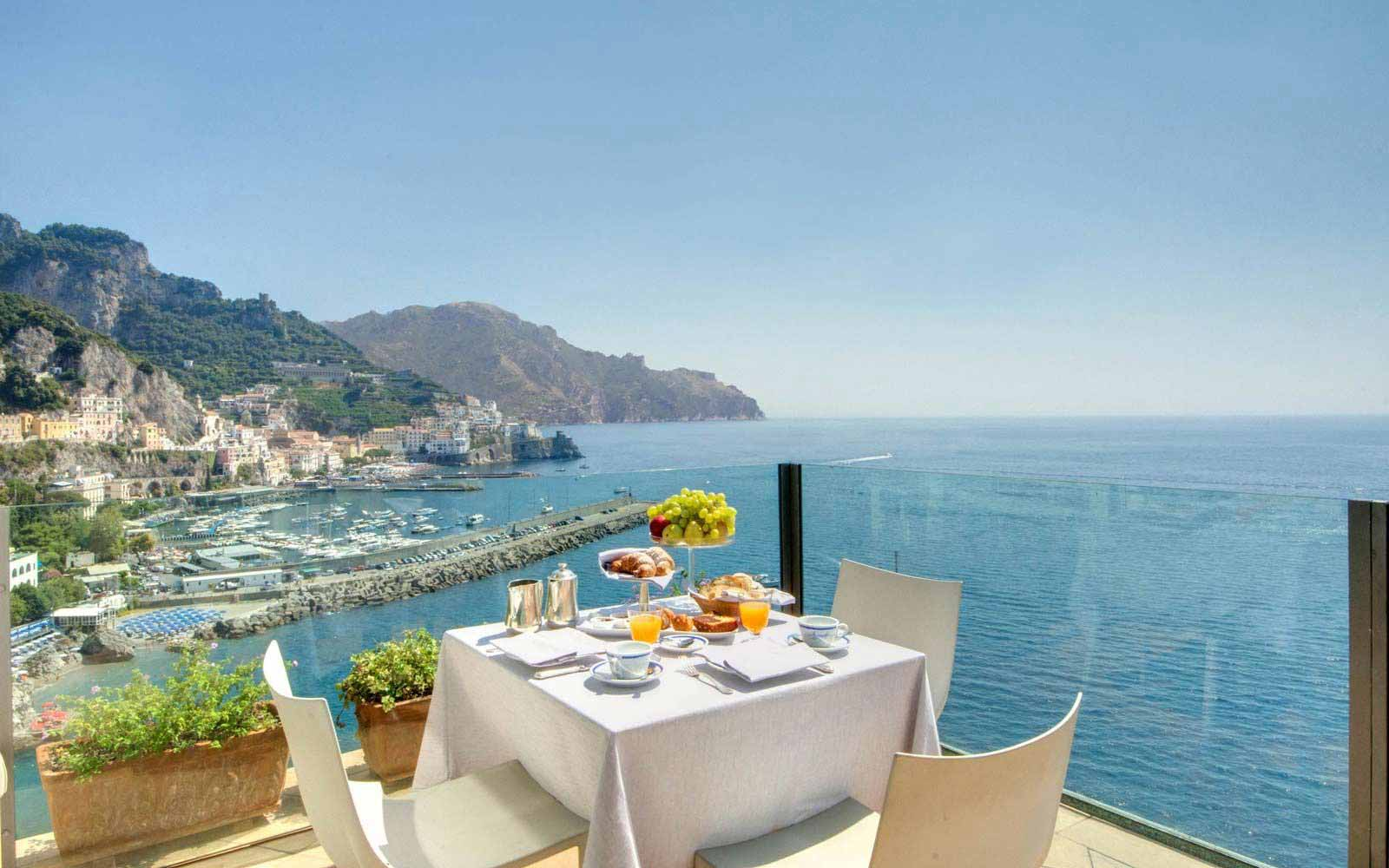 Breakfast at  Hotel Miramalfi