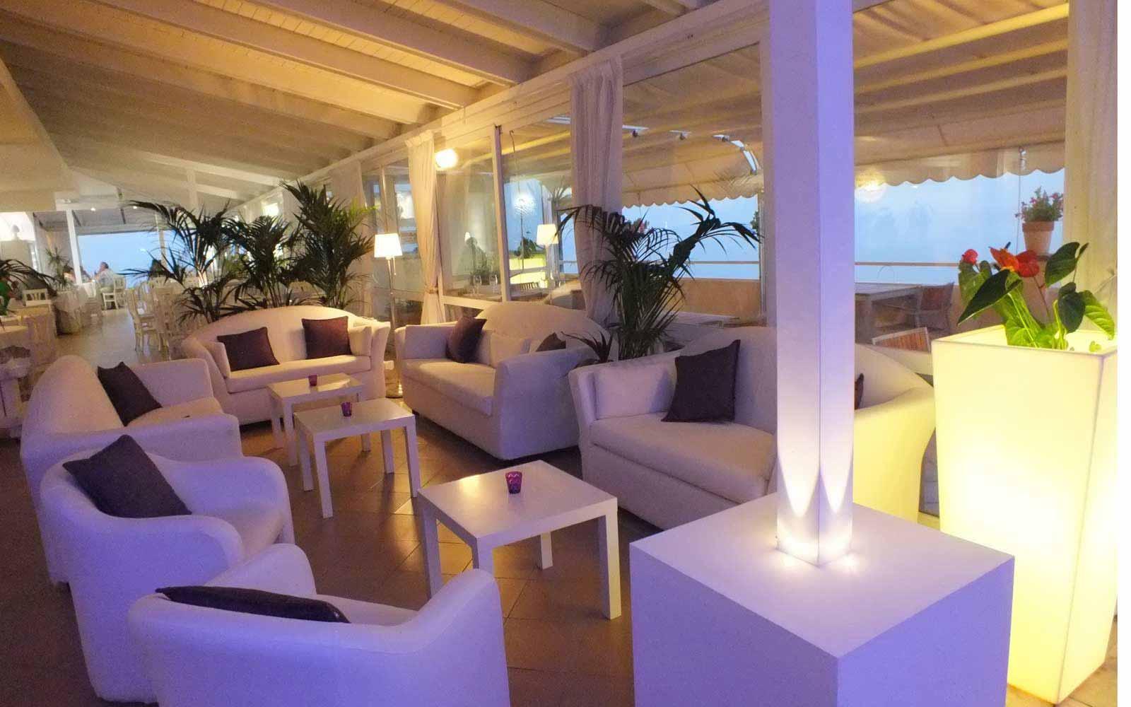 Bar lounge at Crystal Palace Hotel
