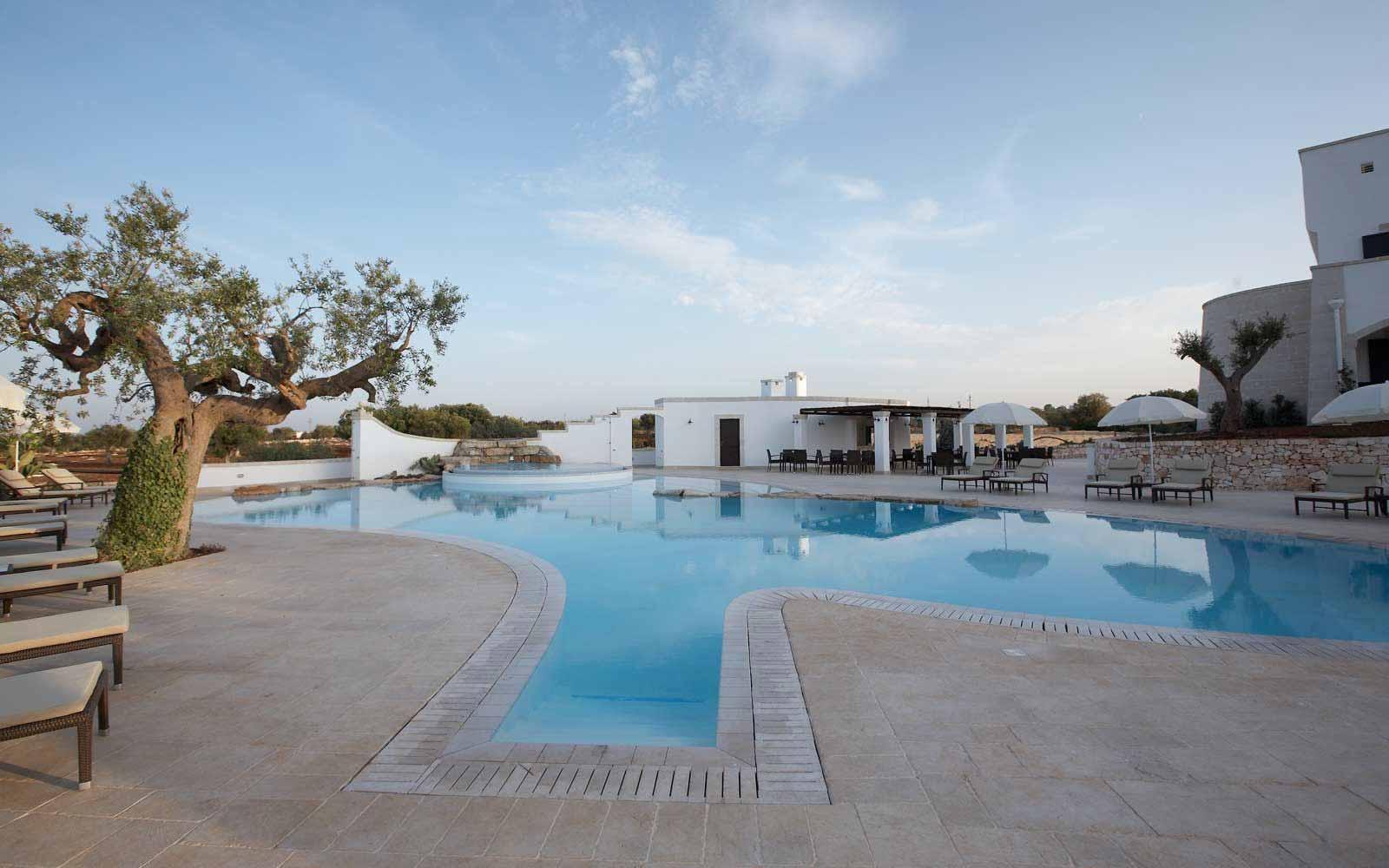 The swimming pool at Borgobianco Resort & Spa