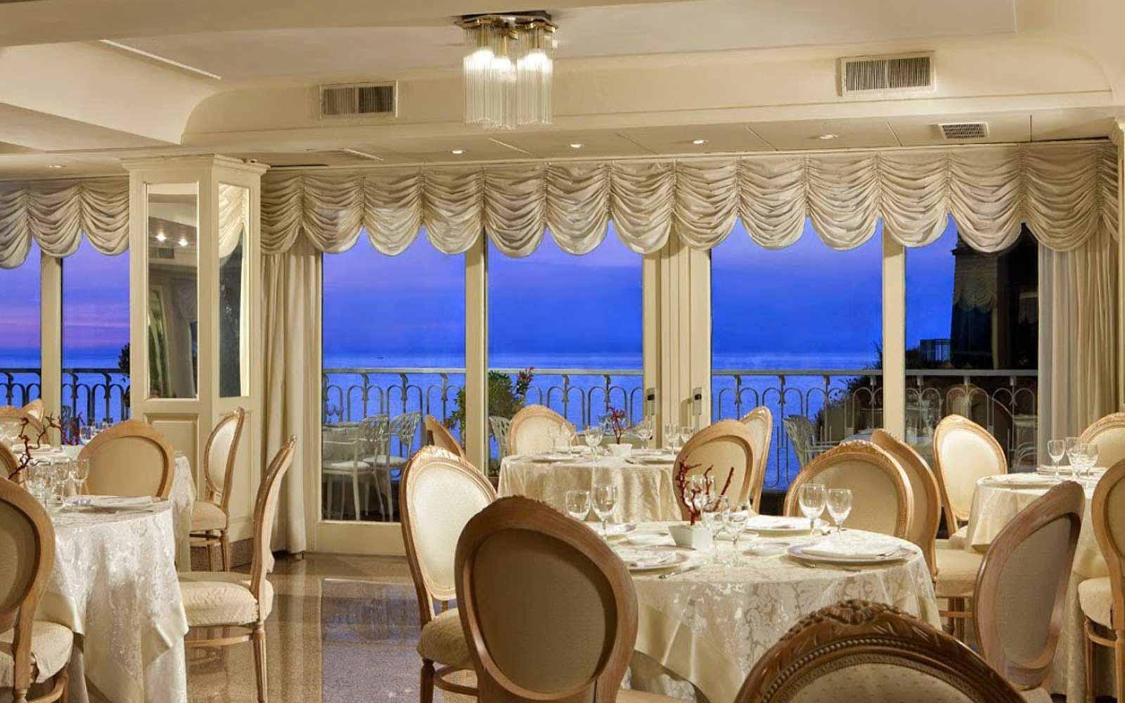 Restaurant at Hotel Corallo