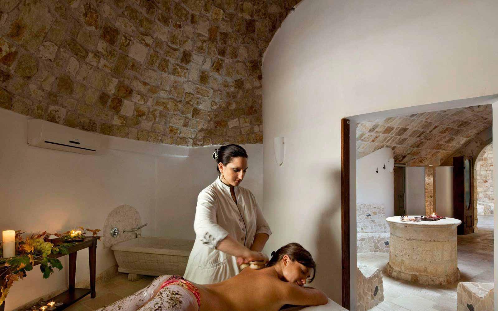 Massages at UNA Hotel Regina