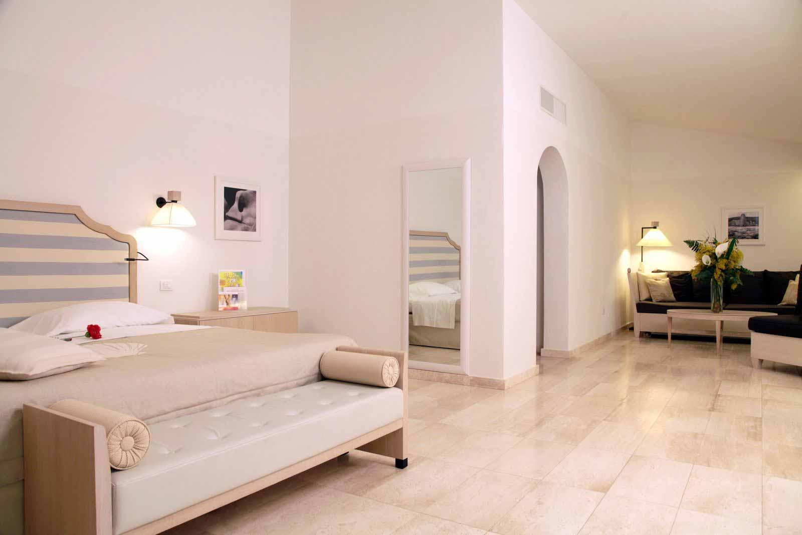 Junior Suite at Grande Baia Resort & Spa