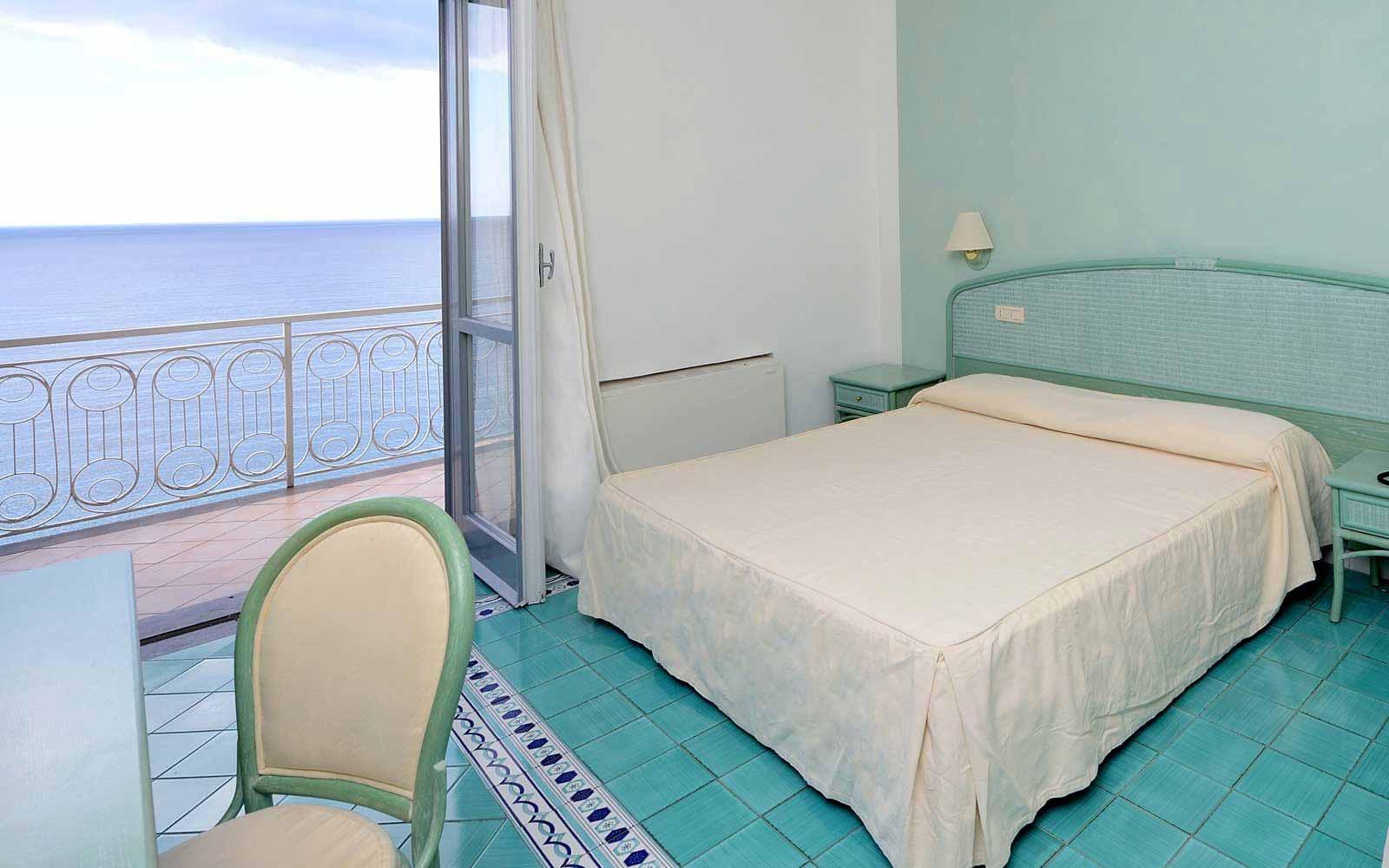 Panoramic balcony sea view room Hotel Club Due Torri
