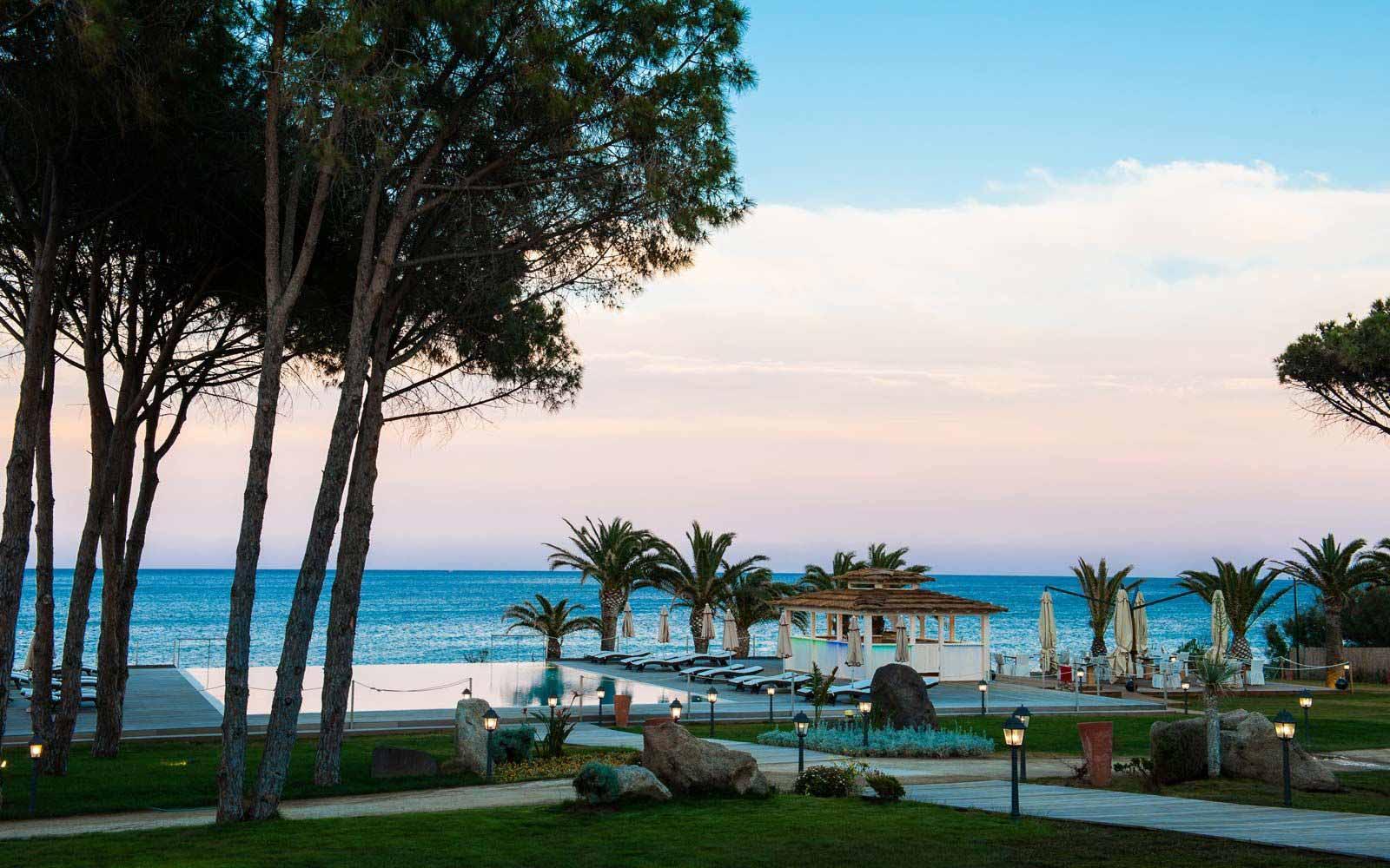Dawn at the Hotel Villa del Re