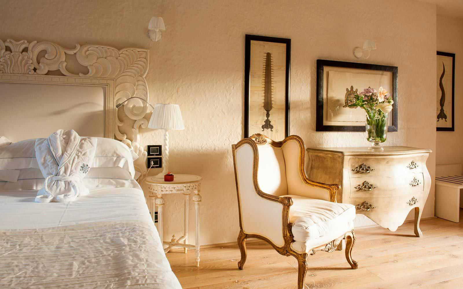 Luxury details at the Hotel Villa del Re