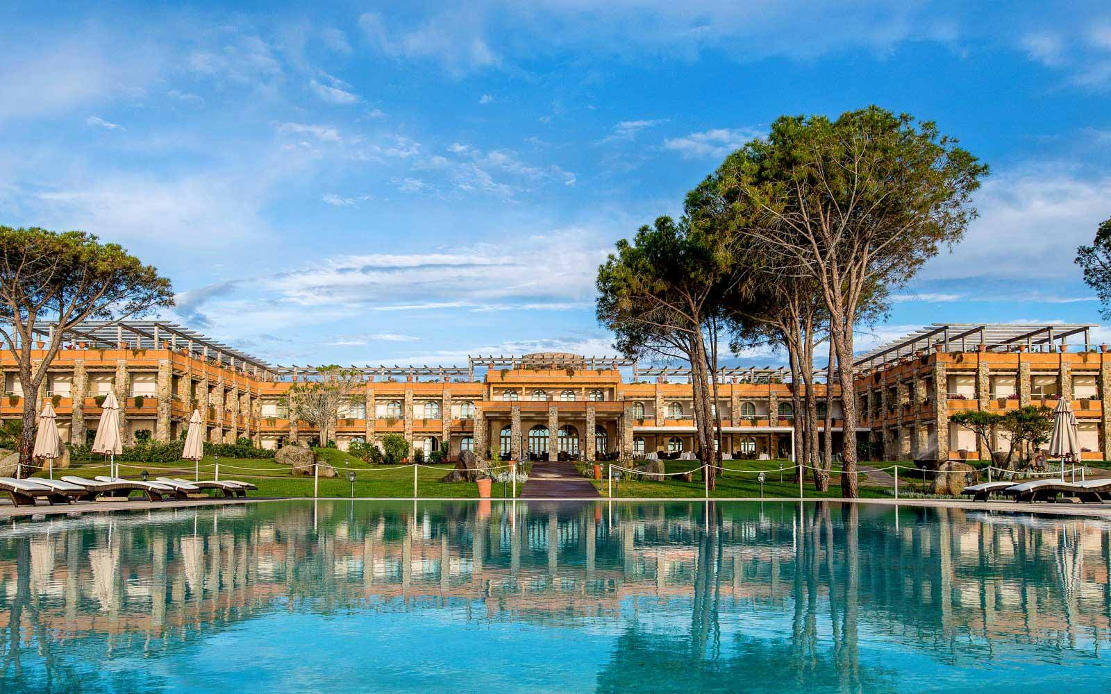 External view of the Hotel Villa del Re