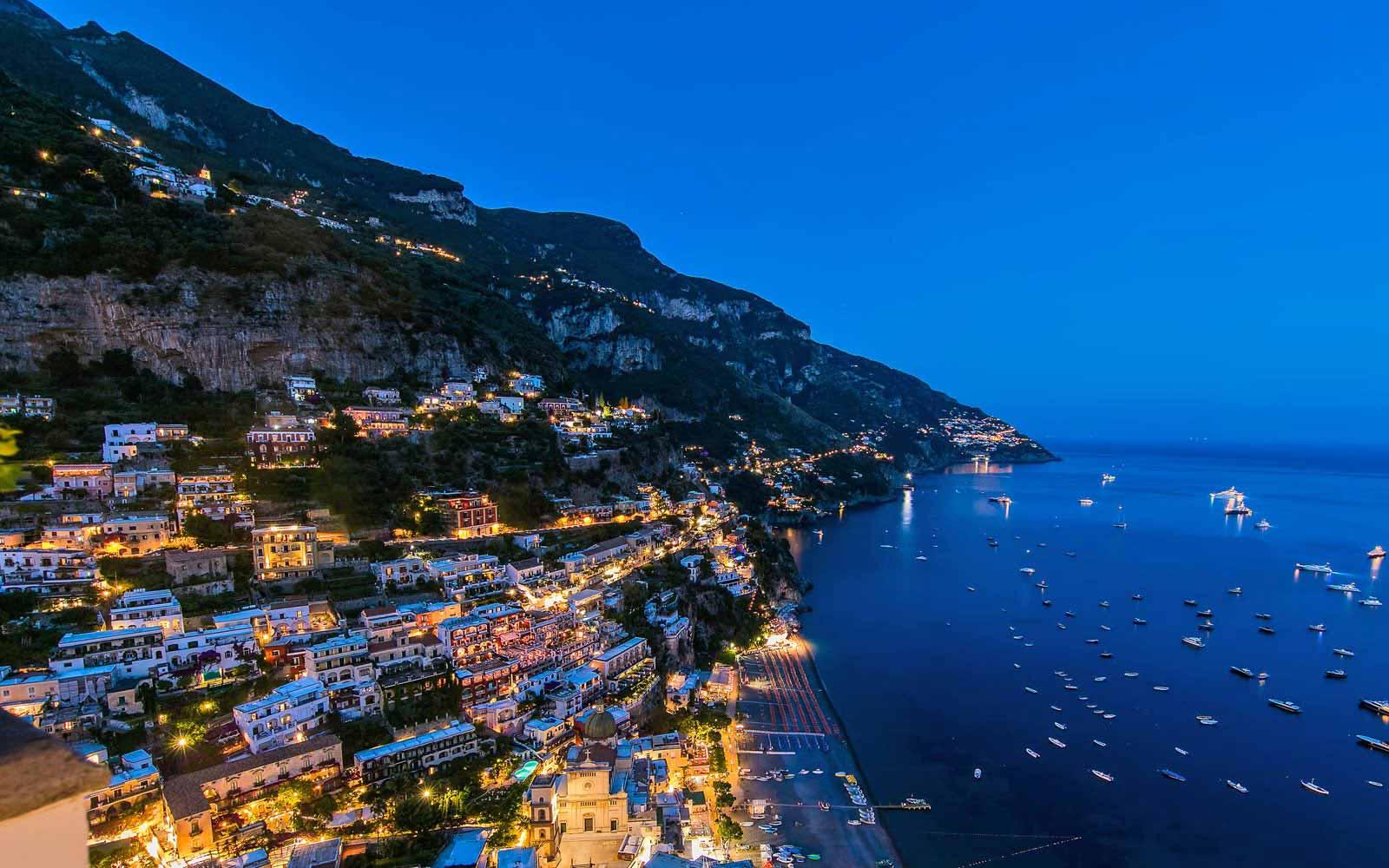Panoramic night view at Hotel Villa Franca