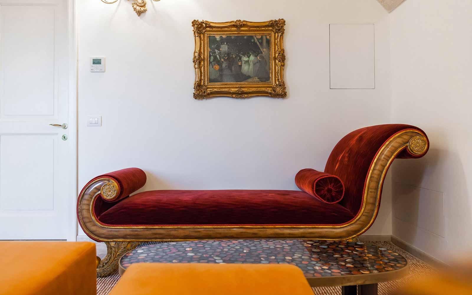 Interior design at La Residenza of Masseria Pettolecchia