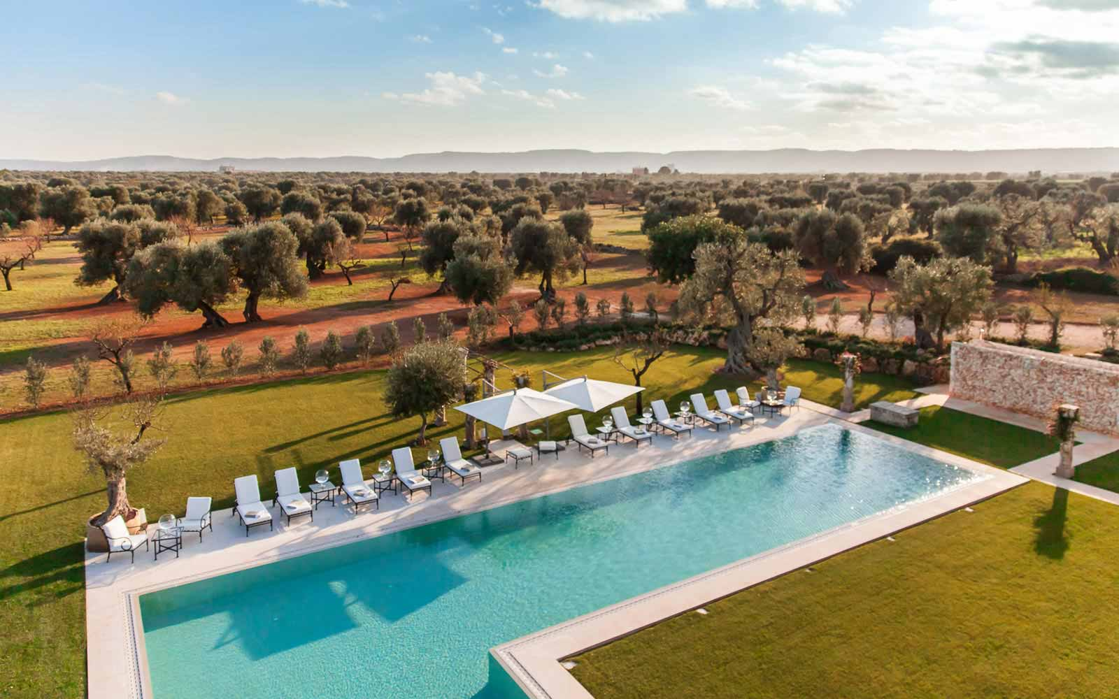 Aerial pool view at La Residenza of Masseria Pettolecchia